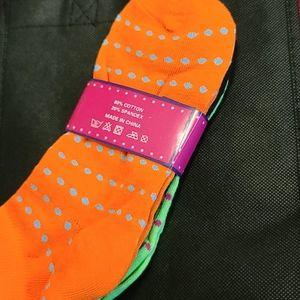 3 pairs socks